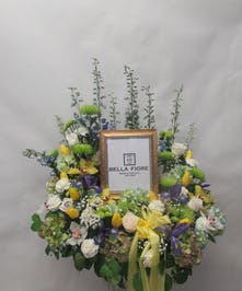In Loving Mewmory wreath