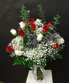 18 Red and White Roses